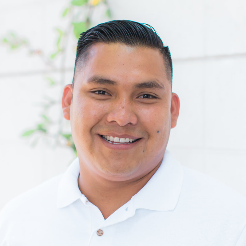 Gustavo Guadarrama – Crew Manager